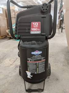 Briggs and Stratton 10 gallon 150 psi air compressor. plugged in and turned on filled to 150 psi