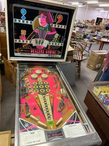 Vintage Williams 1973 Dealer's Choice Pinball Machine