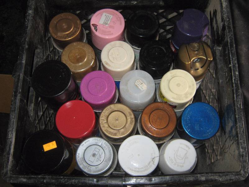 20 Cans Of Spray Paint Many Colors All 3 4 Full Or More Great Hardware Auction For Your