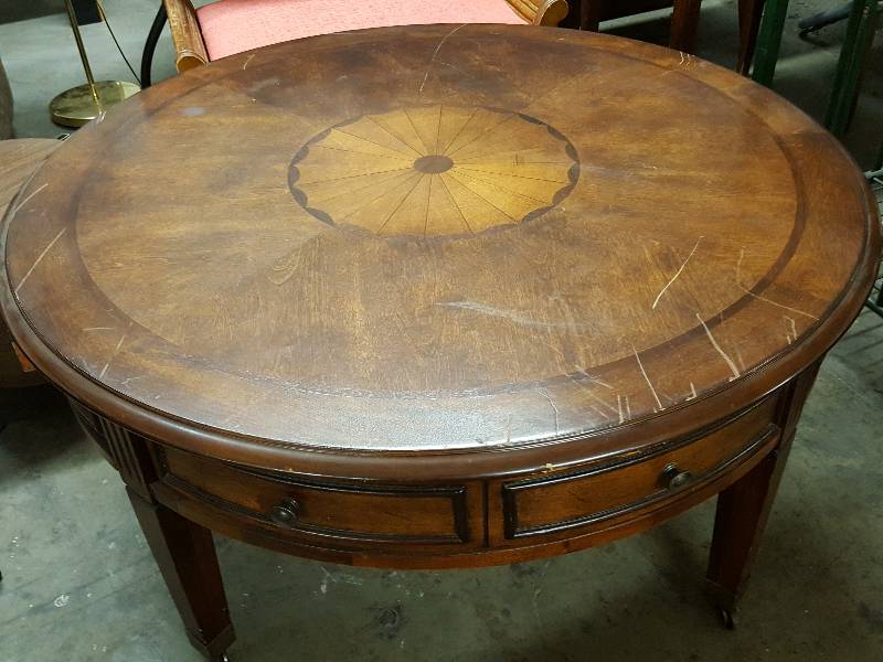 This Was A Beautiful 40 Round Coffee Table On Casters With 4 Round Drawers And The Inlay