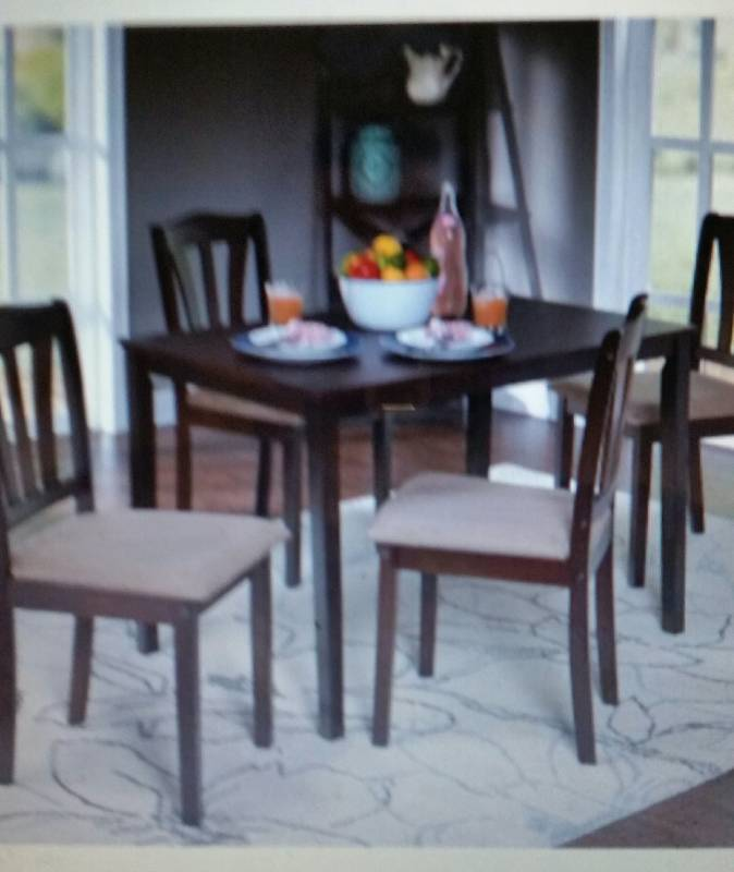 Exceptionnel New Metropolitan 5 Piece Dining Set | After Thanksgiving Sale Anything And  Everything | Equip Bid