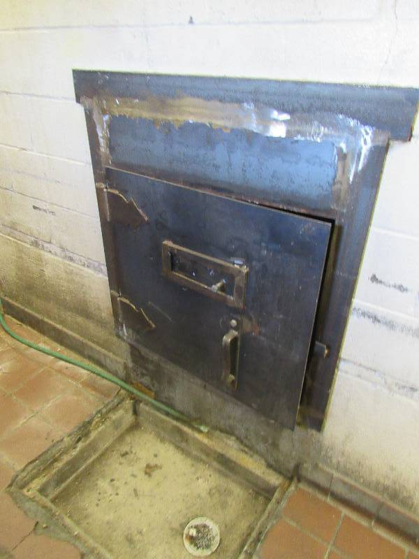 Built In Smoker Outdoor Kitchen: Built-In Brick Oven Smoker Metal Parts