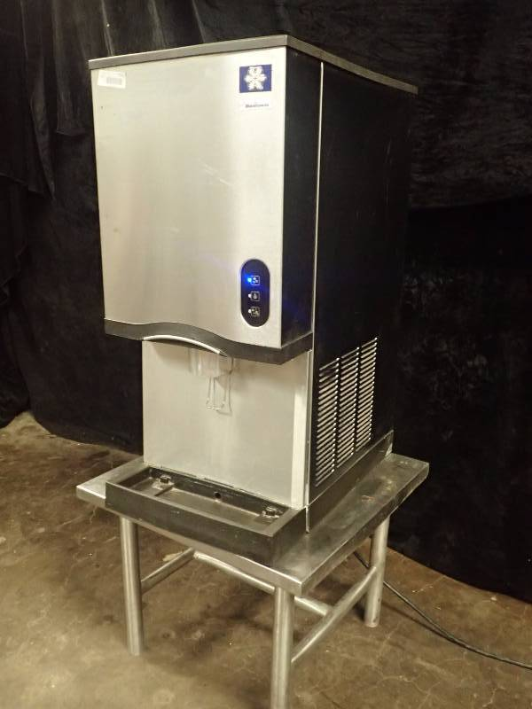 Manitowoc RNS-12A Air Cooled Countertop Ice Maker and Water Dispenser ...