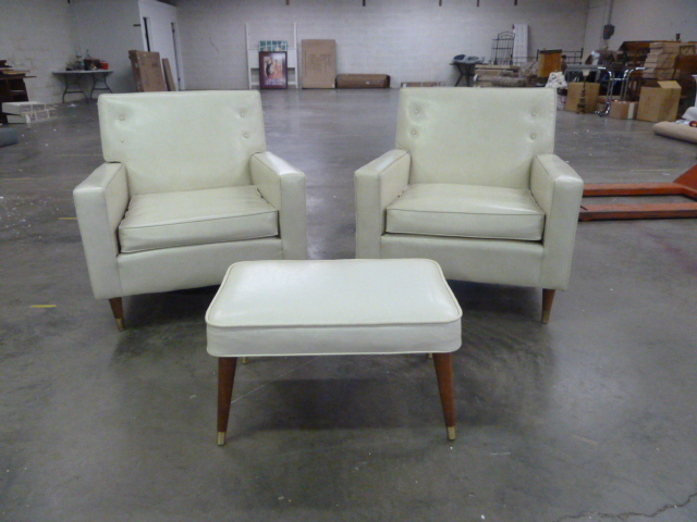 PAIR OF MATCHING RETRO VINYL CHAIRS WITH MATCHING OTTOMAN | CS TREASURES  BEFORE CHRISTMAS SALE | Equip Bid