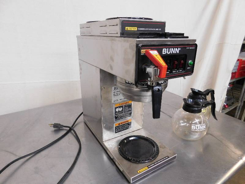 Bunn Coffee Maker Not Enough Water : Bunn Coffee Maker with Hot Water Dispenser Winter Restaurant Equipment Liquidation!!! Equip-Bid