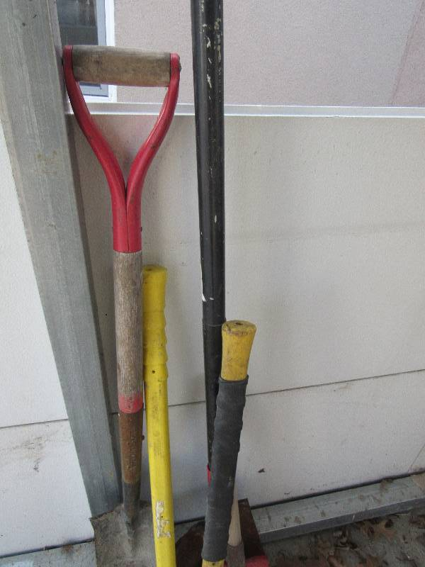 Lot Of Lawn And Garden Tools Kcmo Tool Sale Equip Bid