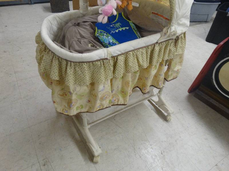 Baby bed on wheels north wichita warehouse estate home for Baby bed with wheels