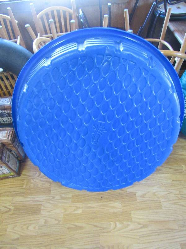 Pair of 44 39 39 round plastic pools smokey hill trading for Plastik pool rund