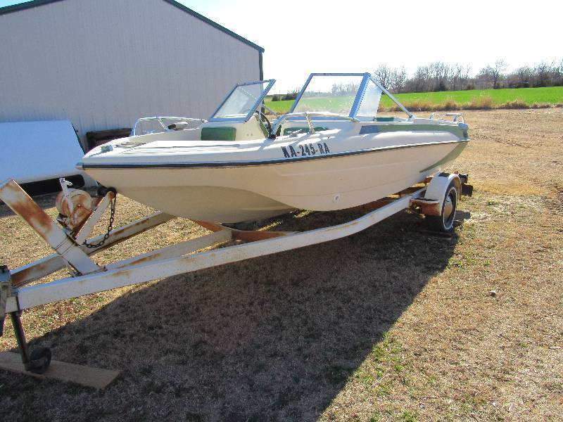 1976 165 Glastron Boat With Trailer