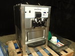 Spaceman 2 Barrel Counter Top Ice Cream Machine ( LIKE NEW )