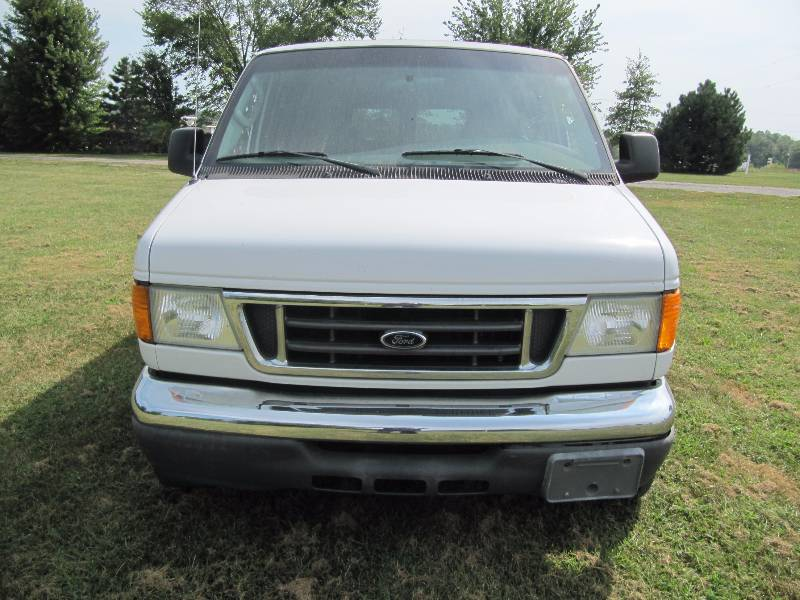 2005 ford e 150 econoline wagon passenger van heavy. Black Bedroom Furniture Sets. Home Design Ideas