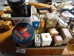 Lot of vintage tins