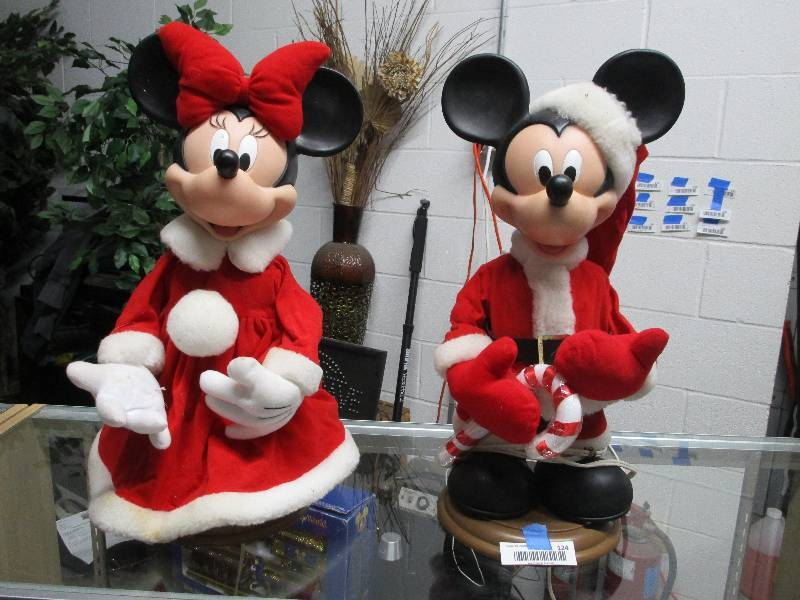 mickey and minnie christmas animatronics subsurface 190 auctions by fleetsale equip bid - Christmas Animatronics