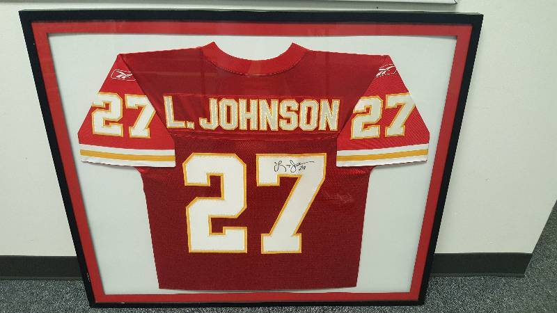 new product 82851 8b942 Larry Johnson Autographed Kansas City Chiefs Jersey ...