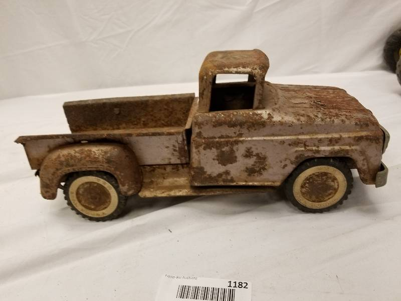 Man Cave Store Belton Mo : 1 rusty gold tonka truck the man cave store antiques hot