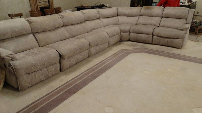 Dual reclining sectional sofa w/ hide a bed. | South Wichita ...