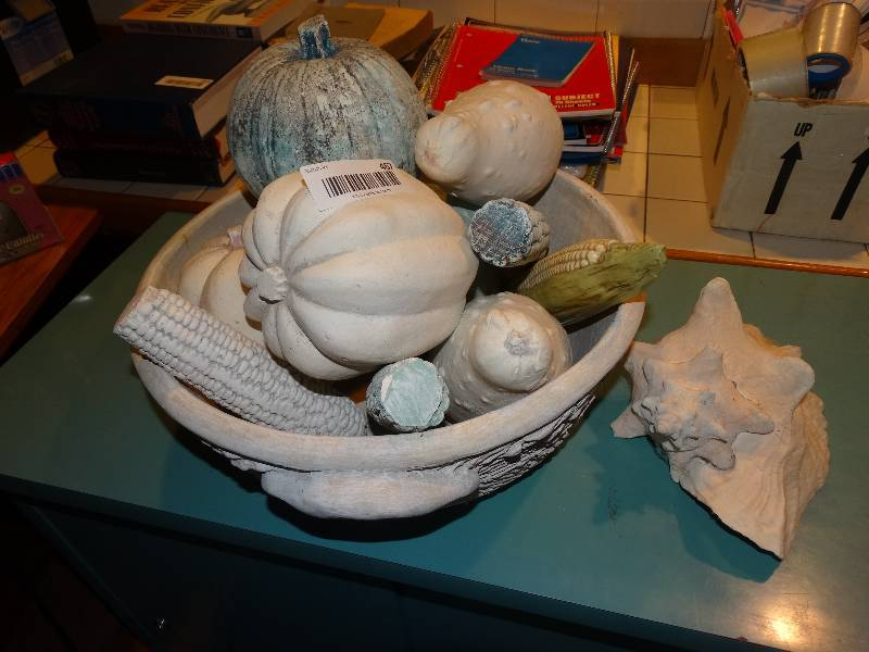 Large Bowl W Ceramic Fruit Vegetable Decor 1 Large Conch Shell