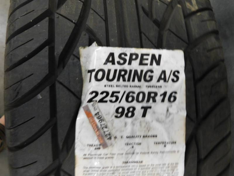Aspen Touring Tires Review >> Aspen Touring A S 225 60r15 Tire Appears New Huge