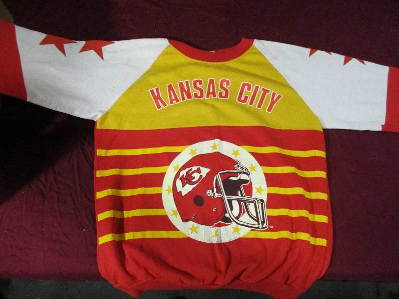 huge discount 0a381 5c4a9 Throwback Kc Chiefs Shirts | Goin to the Reserves Auction by ...