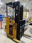 Yale type-E 24 volt stand up order picker/ pallet stacker- Like new battery!