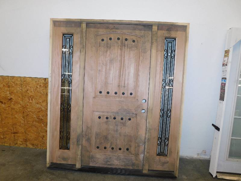 Nice Large Solid Wood Entry Door Rush Undelivered Freight Auction