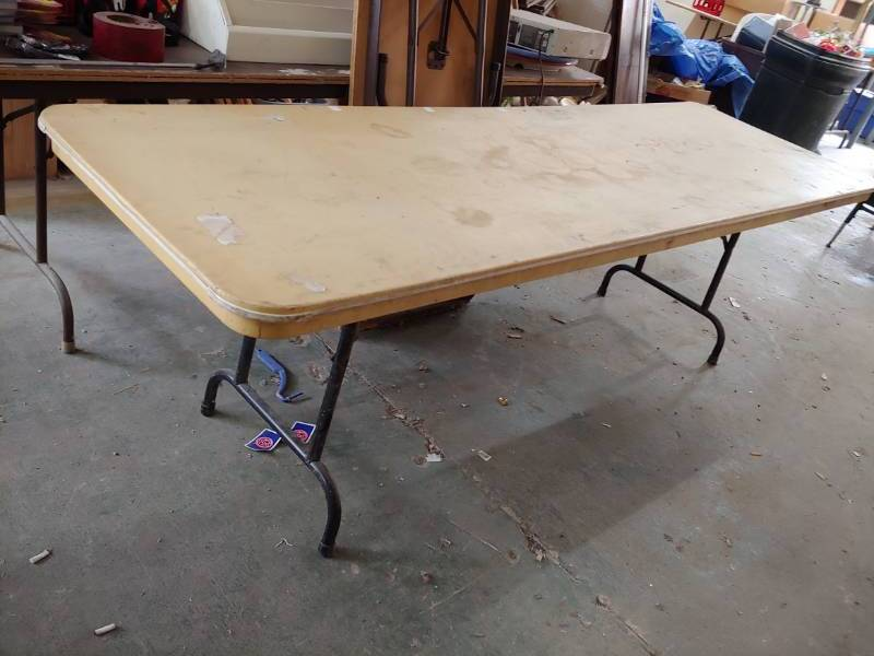 8u0027 Folding Table | Excelsior Trade Fair Mall Liquidation Auction Round #7 |  Equip Bid