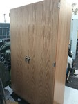 Very nice new cabinet large and is lockable would be great for garage very very nice