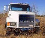 1990 MACK SEMI TRUCK - RUNS - See Videos w/ Clear Title - Started - See Video