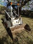 Bobcat 722 skid loader