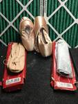 LOT OF BALLERINA SHOES AND SLIPPERS