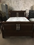 Queen Size Dark Color Wood Sleigh Bed with Bershire Collection Ultra Rest Mattress