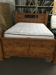 Queen Size Pine Look Wood Bed with Beautyrest Classic Mattress
