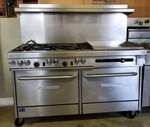 Southbend Gas 6 Burners and Flat Top Grill with 2 Ovens On Casters
