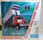 ERTL International Paystar 5000 Dump Truck / #8010 / 1/25 scale Model kit / box sealed / NIB