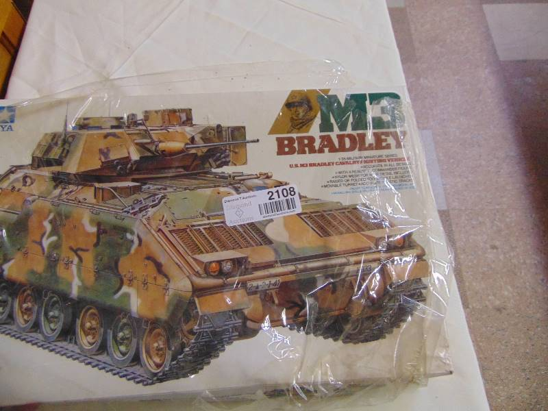 M3 Bradley Model NIB | Antiques & Collectibles-- DIE CAST, PEDAL