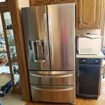 LG 4-door, French door stainless steel refrigerator