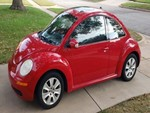 2008 Volkswagen SE New Beetle Hatchback VIN: 3VWRW31CX8M526514 - Mileage: 69,850 - Engine: 2.5L 5-cylinder - 6 speed Automatic - Leather Interior