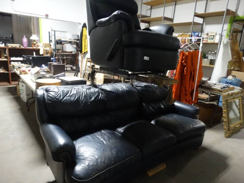 Bernhardt blue leather sofa & chair | Auction Ict Midtown ...