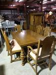 Solid Oak Table with 6 Chairs *Excellent Condition*