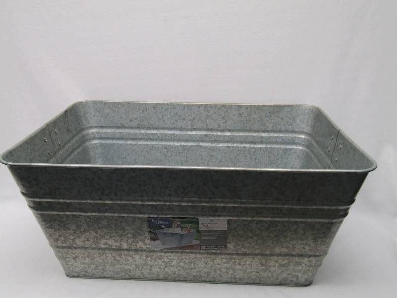 22 inch x 15 inch Galvanized Rectangle Tub