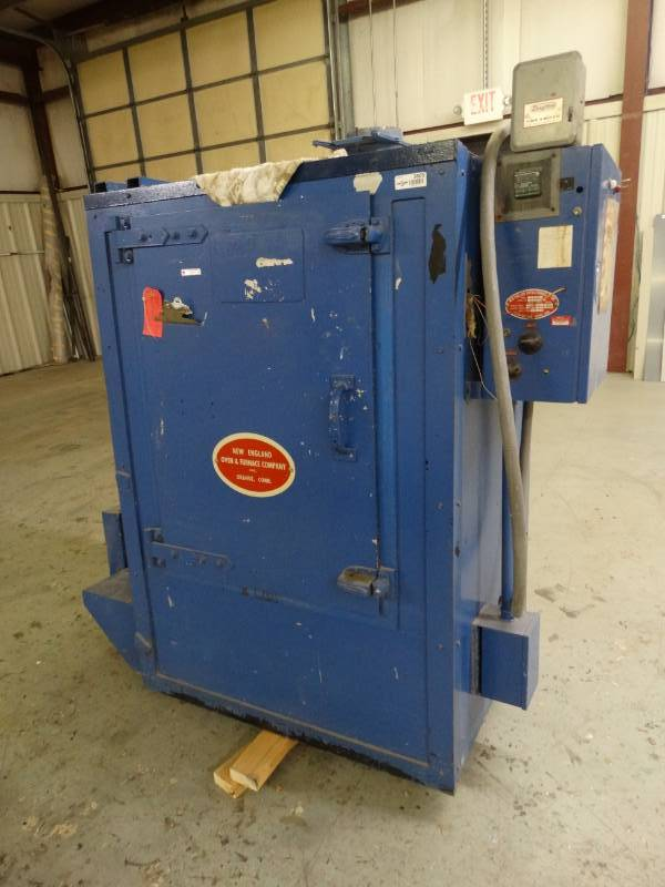 New England oven- Model 223- 3 phase commercial oven