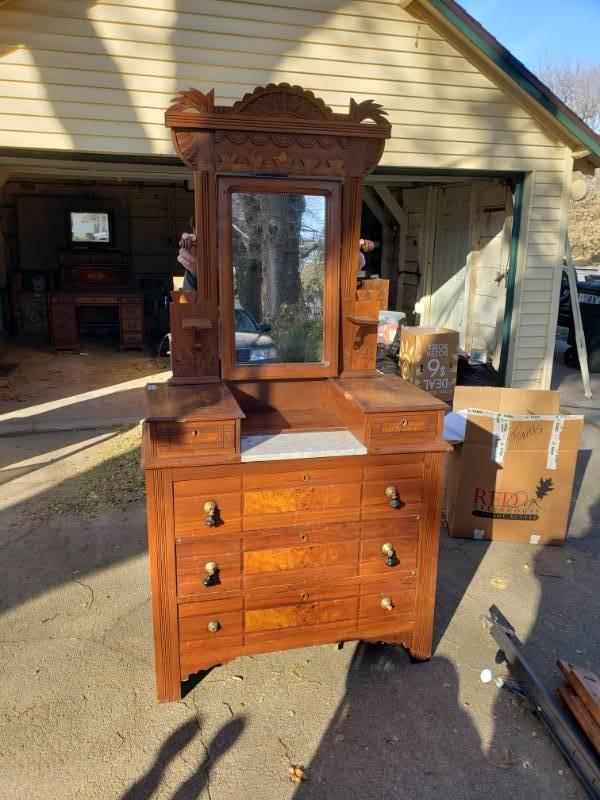 Beautiful antique Eastlake vanity w/ carved wood mirror
