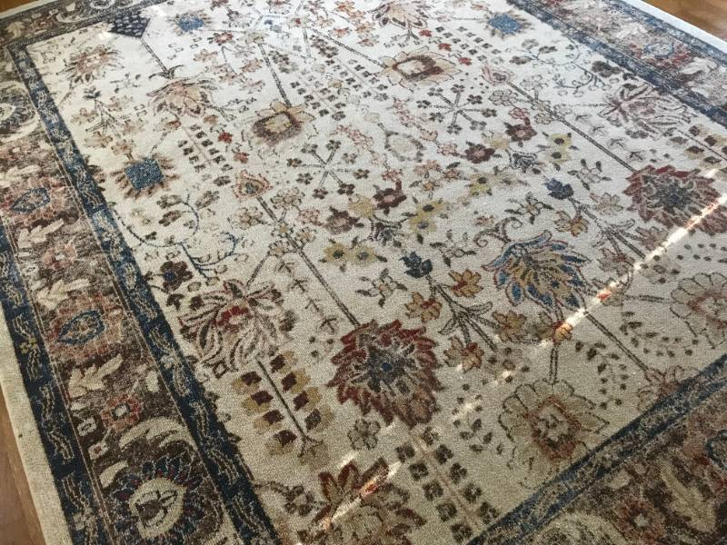 Unique Loom Oushak Collection Oriental Area Rug (Made in Turkey)-8' x 10'.   Cream with blue and rust