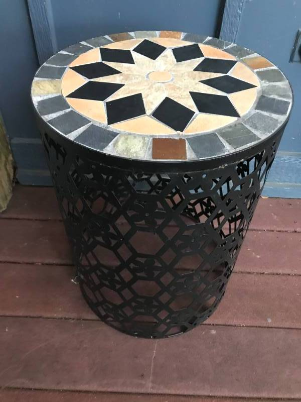Indoor/Outdoor mosaic side table plant stand. Black Metal on bottom.