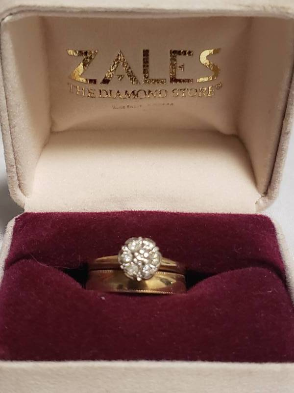 14K Engagement Ring with Diamonds and 14KP Gold Wedding Band. Size 6