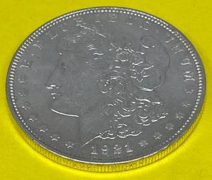1921 $1 Morgan Silver Dollar - Very Collectible