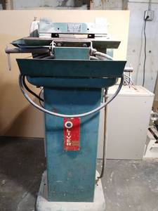 Oliver Machinery 2085 Sharpening station with wet grinding
