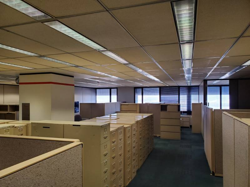 |||||Build an Office|||||Steelcase Cubicles, Office Chairs, Lateral Cabinets, Walls, Clocks, Carpet Tile, Mini Blinds, Partitions, Filing Cabinet, Ceiling Tiles|||||See Video Walk-through|||||Take as much as you want!!!!