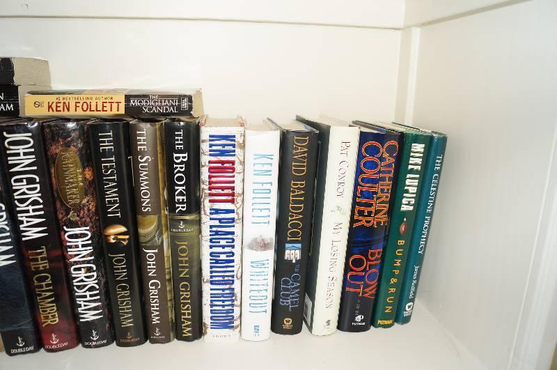 Lot of 12 JOHN GRISHAM paperbacks