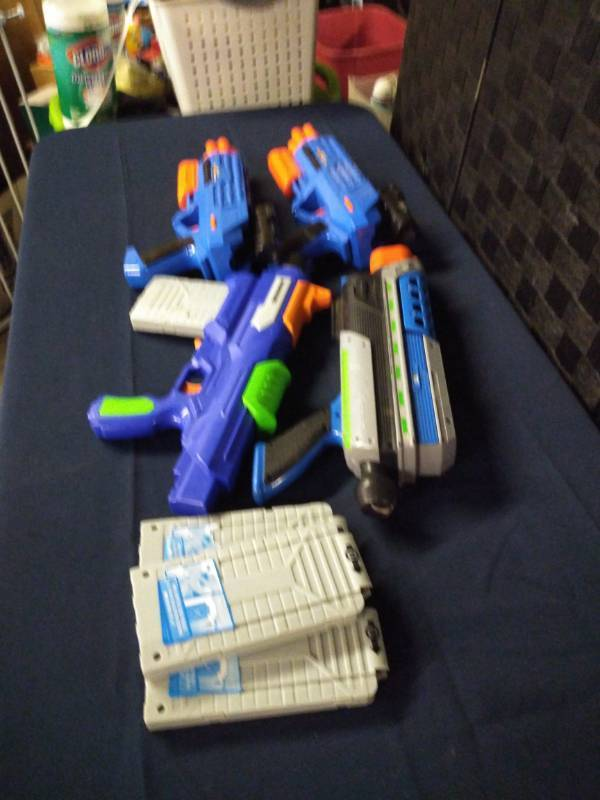 Lot of 4 Nerf Guns with Extra Mags